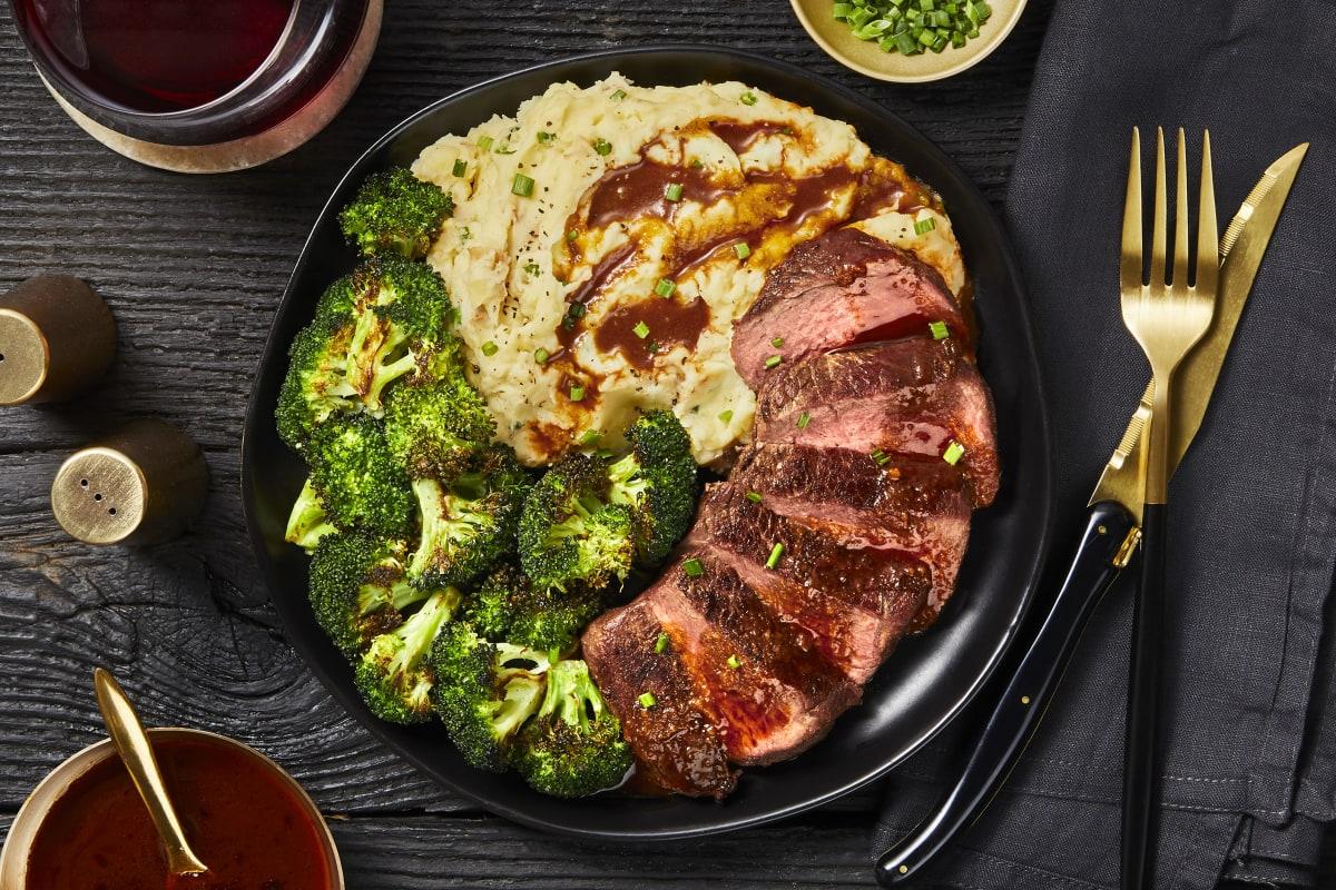 Sirloin Steak & Roasted Garlic Pan Sauce