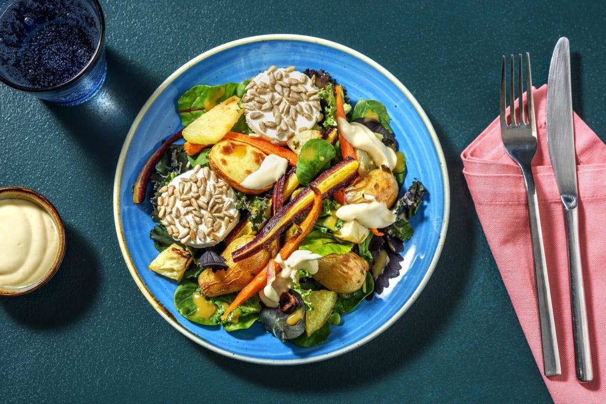 Bistro-Salat mit kernigen Ziegenkäsetalern