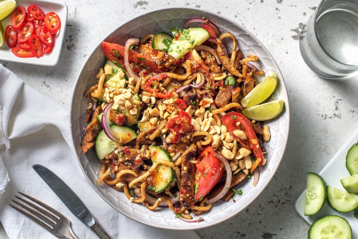 Aziatische fusionsalade met vegetarische runderpuntjes