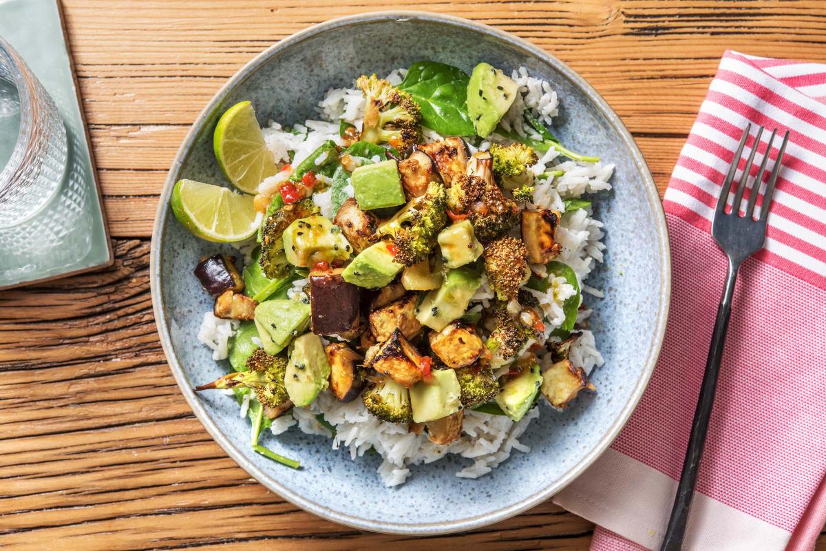 Vegane Bowl mit Miso-Aubergine