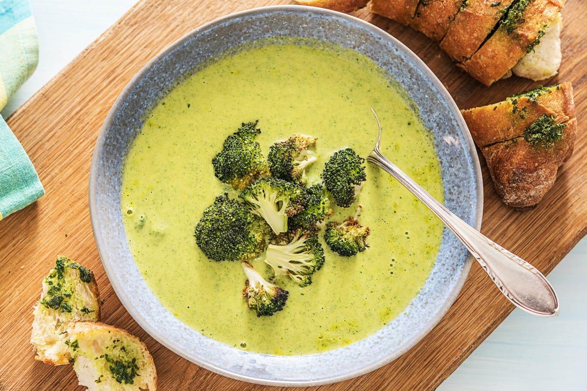 Herzhafte Brokkoli-Cheddar-Suppe
