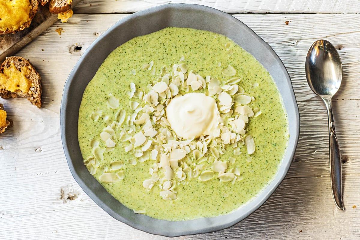 Brokkoli-Creme-Suppe mit Schmand,