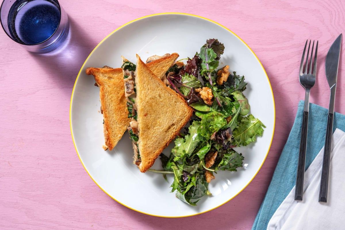 Croque-monsieur végétarien & salade aux noix