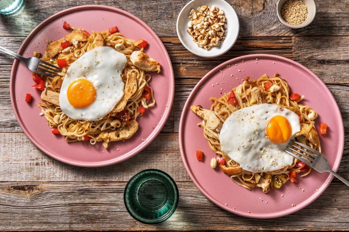 Snelle wokschotel met gekruide kipfiletreepjes
