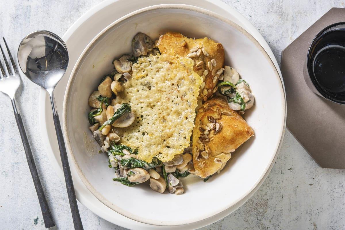 Italiaanse bonenschotel met spinazie en champignons