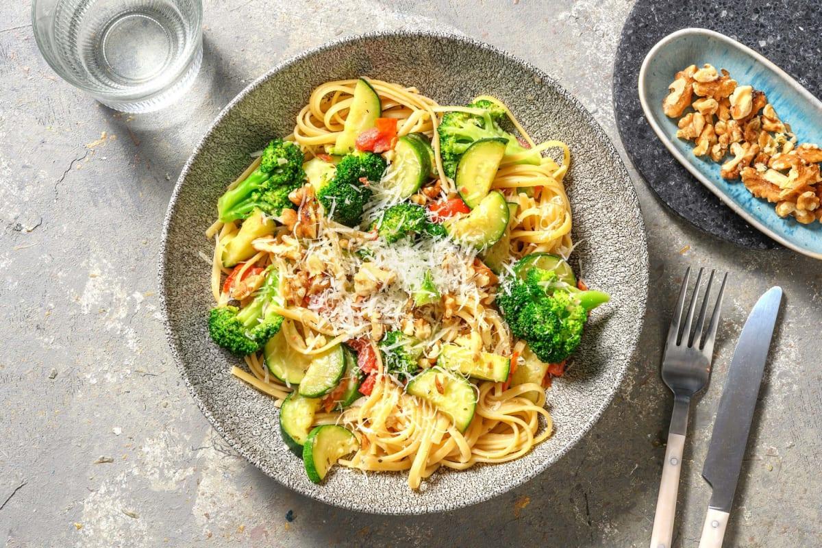 Romige linguine met broccoli en courgette
