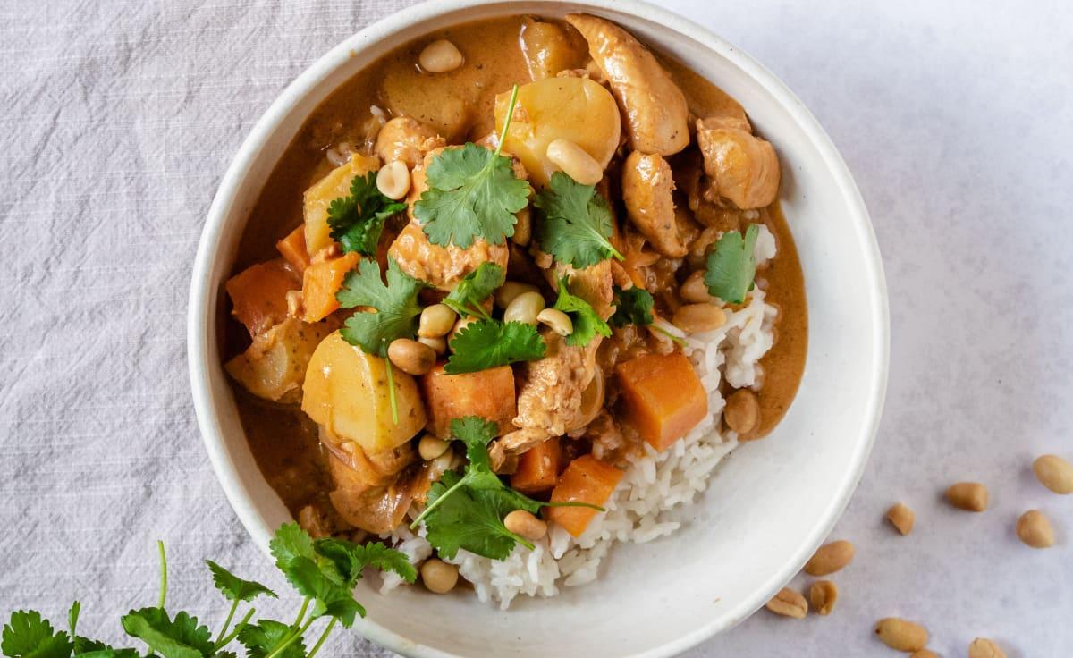 Massaman curry med jordnötter