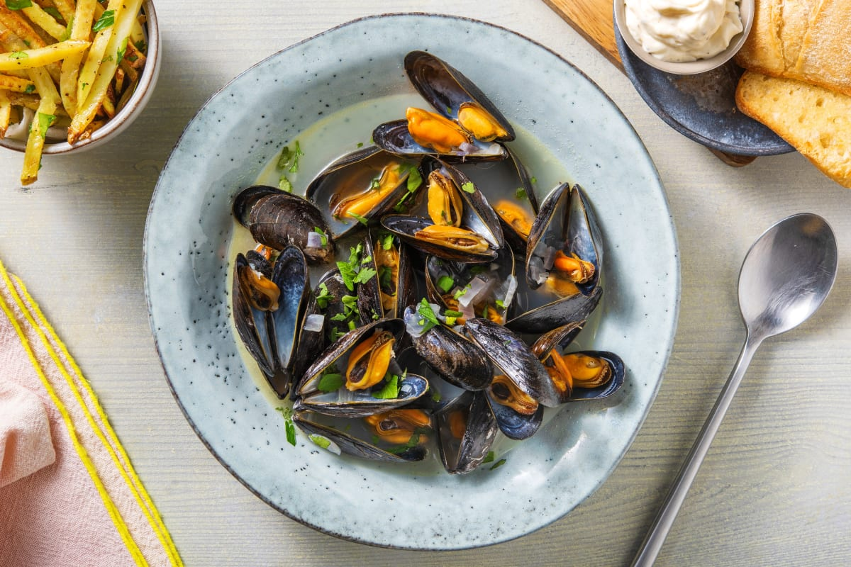 Mussels in a Aromatic Broth