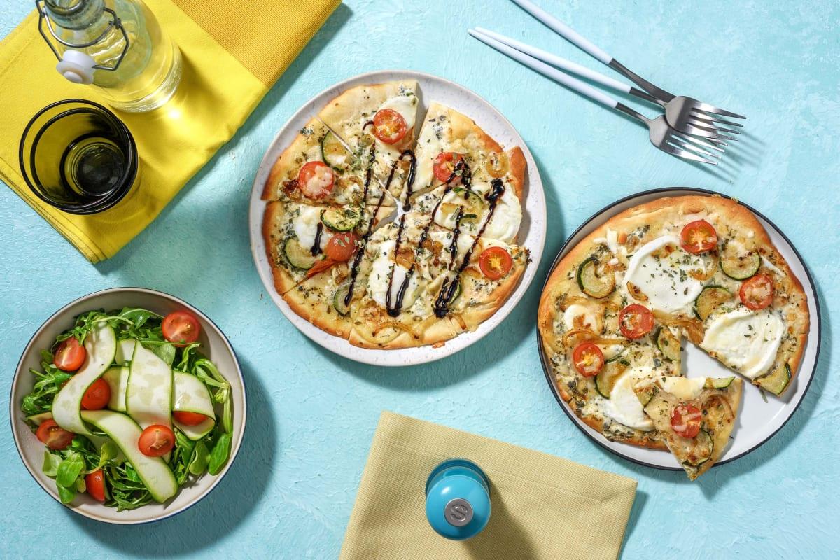 Naanpizza bianca met mozzarella en tomaat