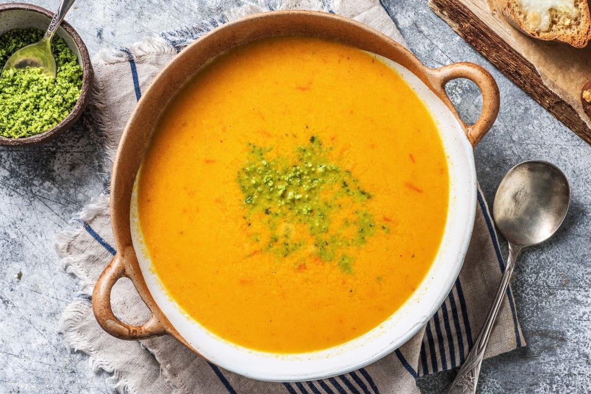 Pikante Tomaten-Paprika-Suppe