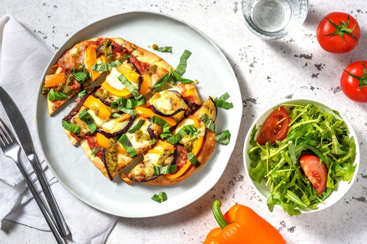 Naanpizza met aubergine en mozzarella