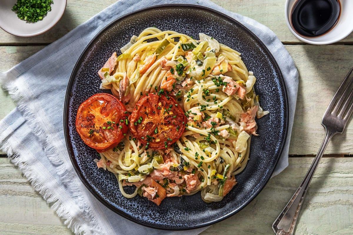 Spaghetti au saumon et fondue de poireaux à la crème