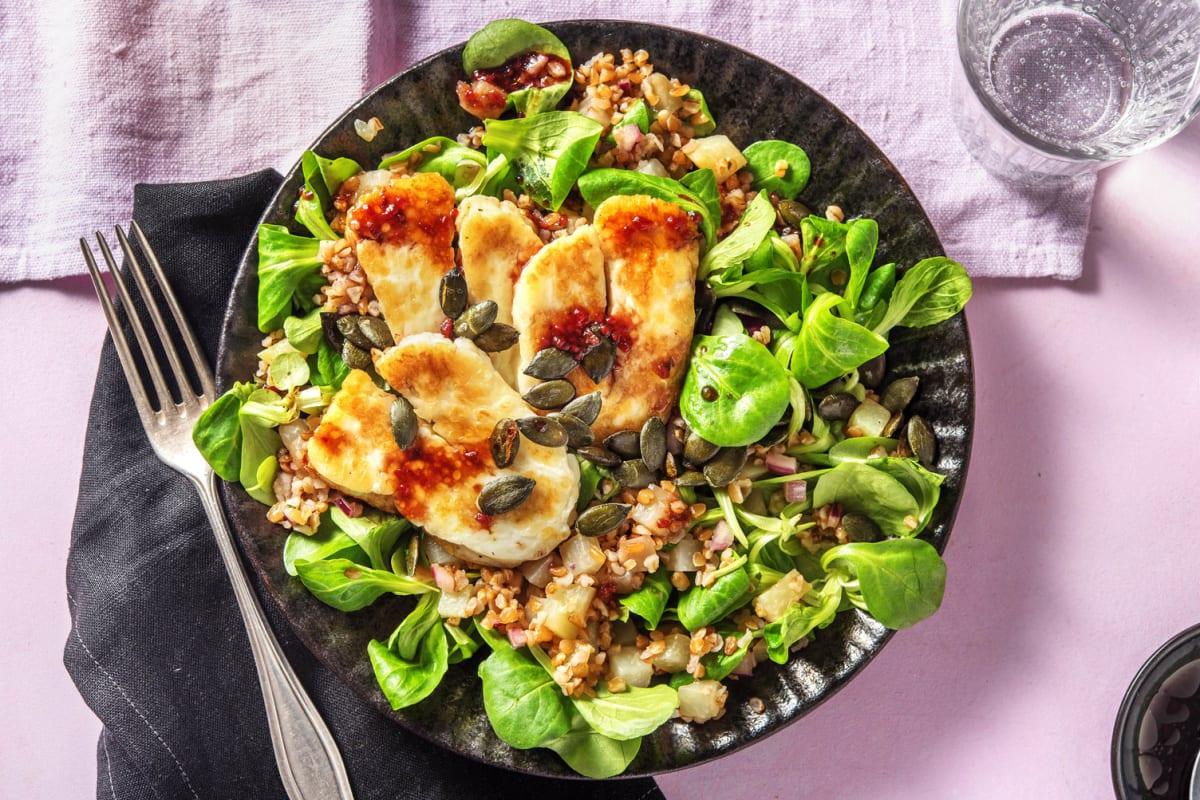 Salade de boulgour au halloumi grillé et au chou-rave