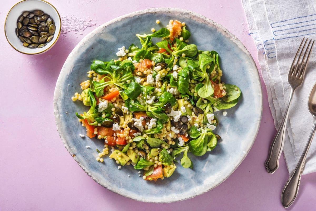 Salade de couscous perlé, avocat & feta