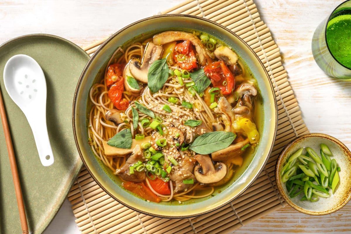 Soupe de nouilles soba aux champignons