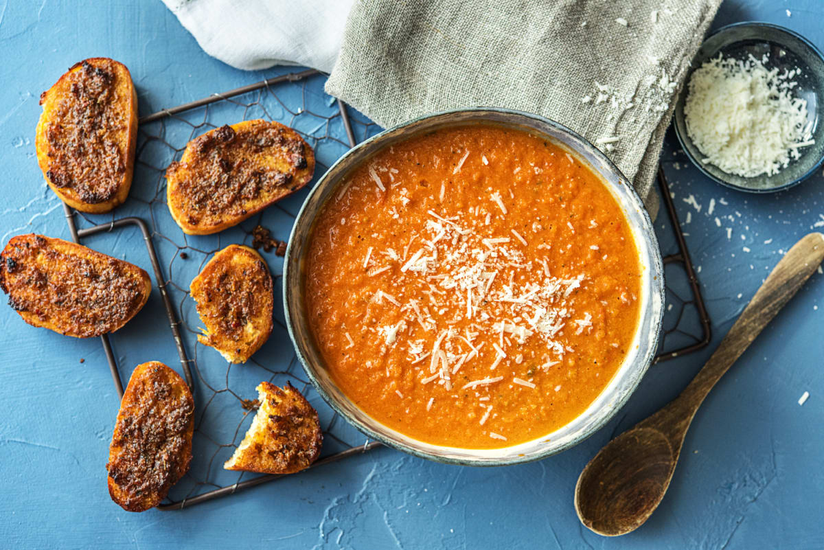 Soupe de tomate & bruschetta au pesto de poivron