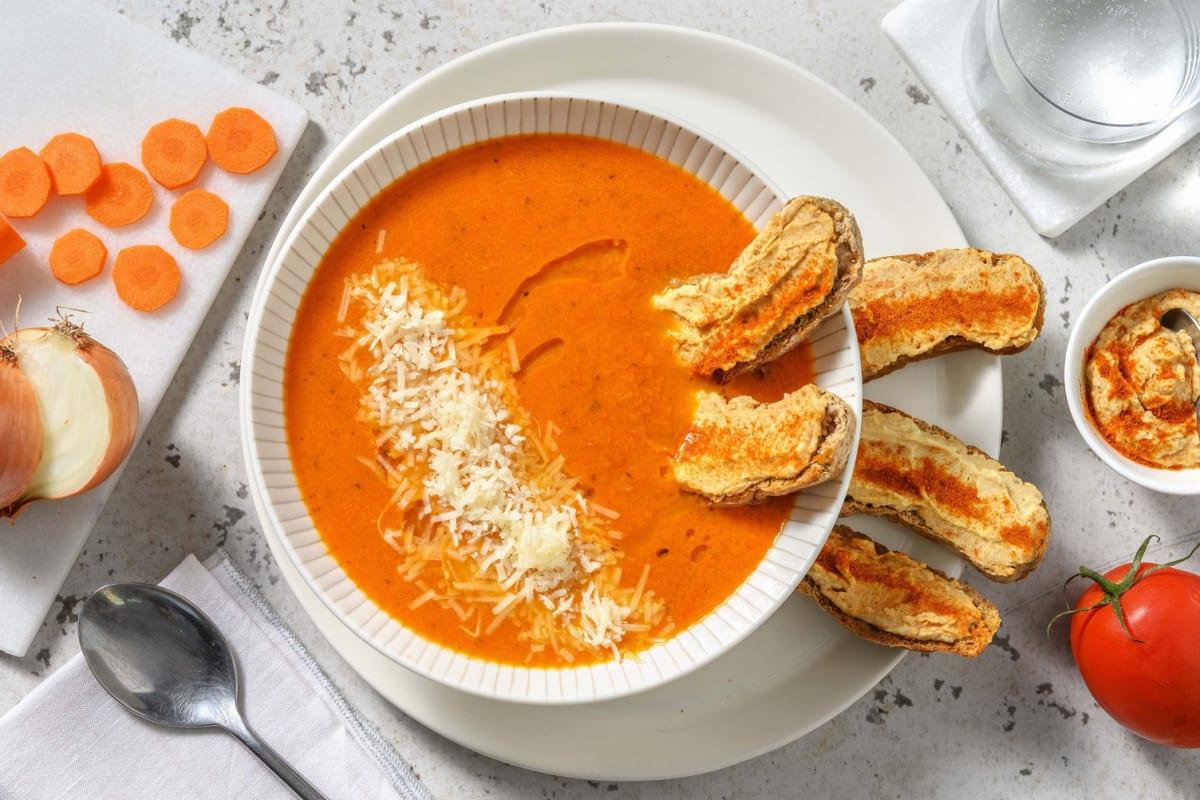 Tomatensoep en bruschetta's met harissahummus