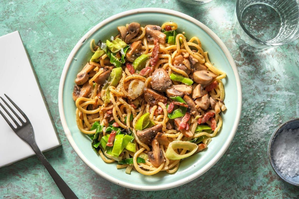 Spaghetti aux poireaux et aux lardons