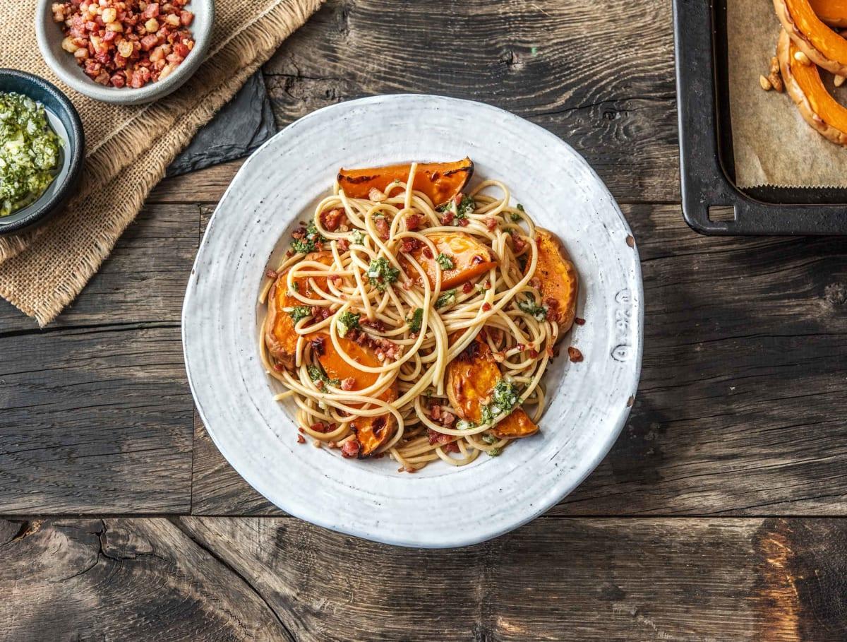Spaghetti met knoflook en salie