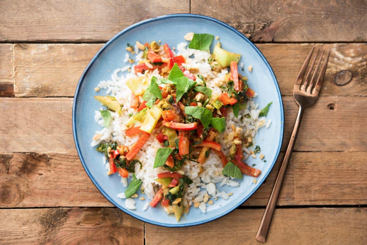 Thailändische Nuss-Gemüse-Pfanne
