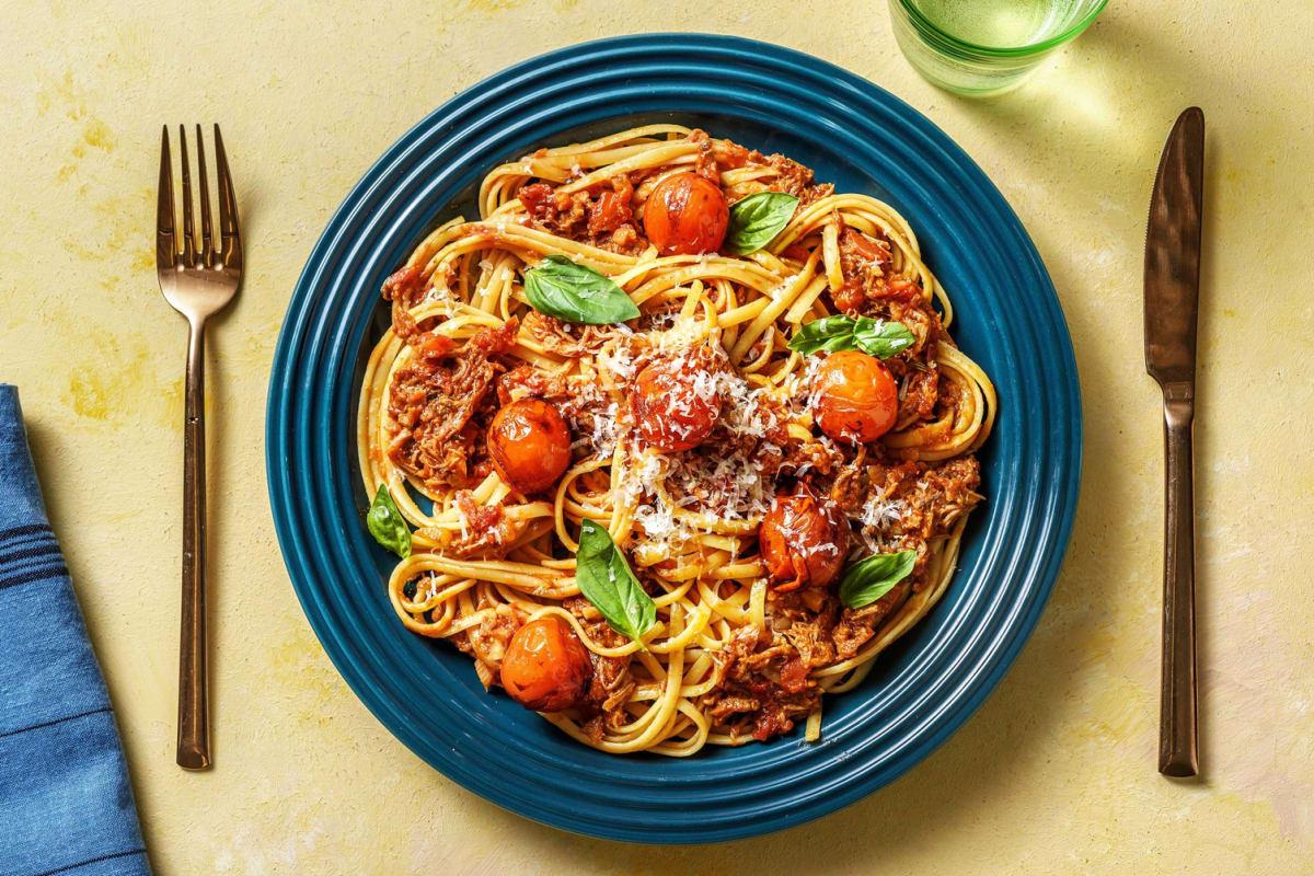 Tomato Pulled Pork Ragu and Linguine