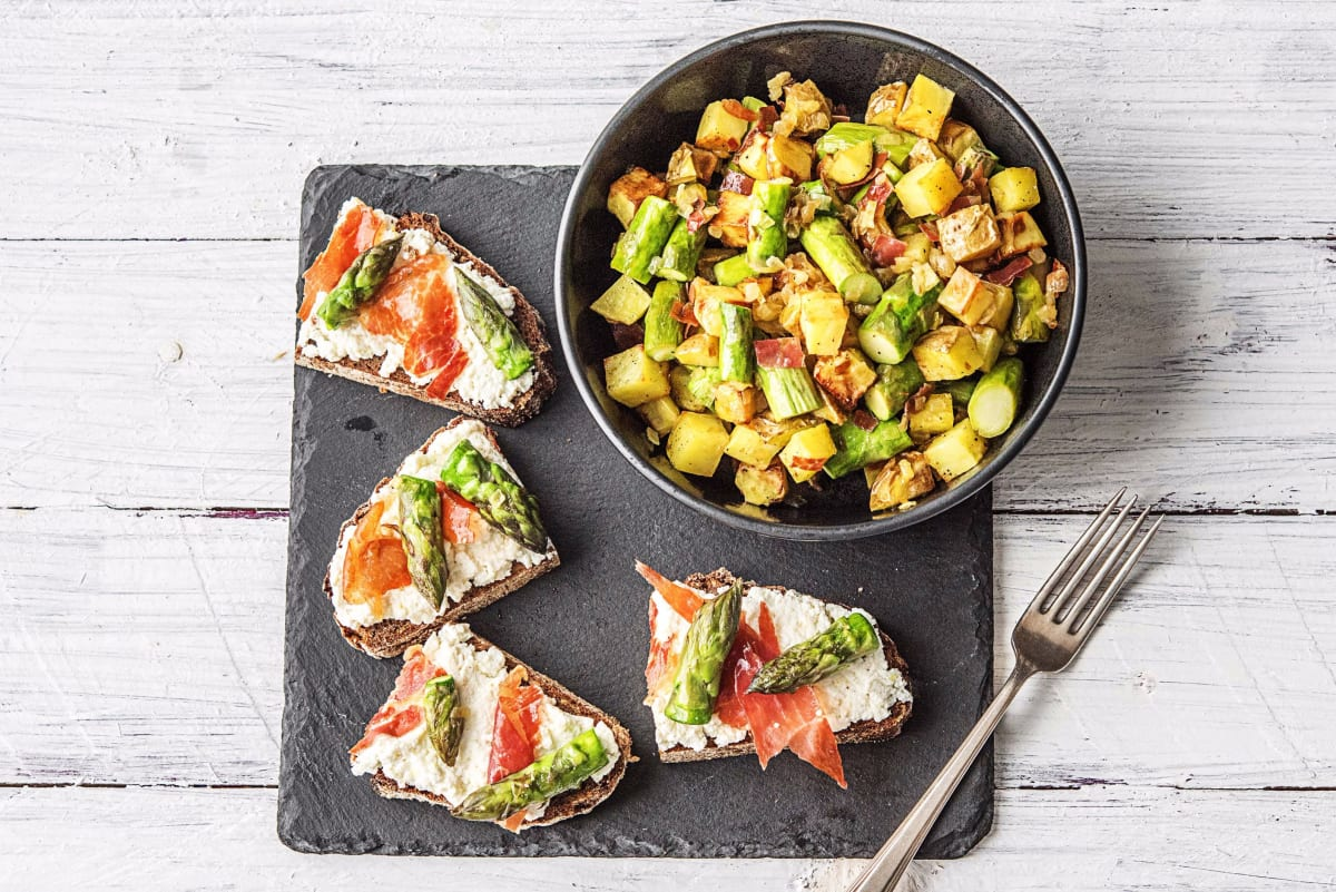 Asparagus and Prosciutto Tartines