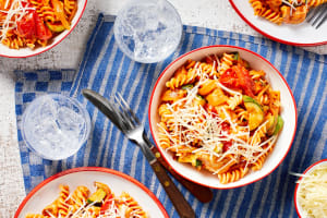 Chicken Fusilli Italiano image