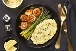 Pan-Seared Scallops & Lemon Butter Sauce image