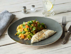 Wijtingfilet met paksoi, tomaat en gebakken rijst image