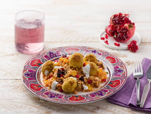 Marokkaanse couscous met verse munt en falafelballetjes image