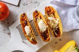 Tacos mexicains au poulet haché image