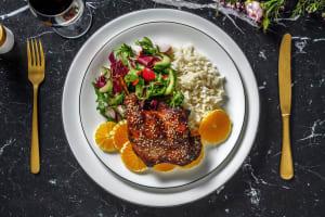 Canard confit croustillant nappé de sauce soja sucrée image