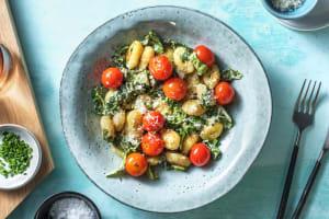 Caesar Salat mit gebratenen Gnocchi image