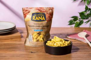 Tortellini rauwe ham en kaas image