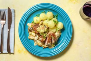 Schweinemedaillons mit Kräuterseitlingrahm image
