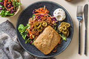 Broodje pulled pork met jalapeño en rode ui image