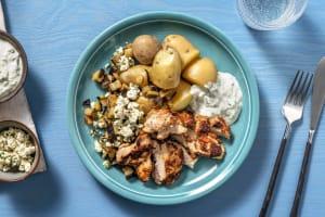 Cuisse de poulet, aubergines, tzatziki maison et grenailles image