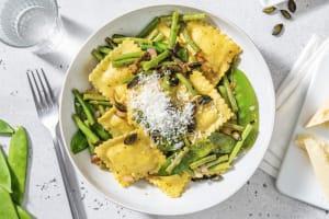 Ravioli gevuld met bloemkool en beurre noisette image