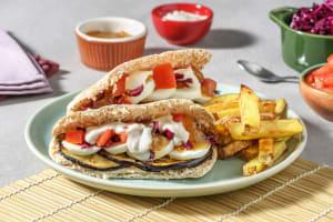 Sabich à l'aubergine grillée, œuf et houmous image