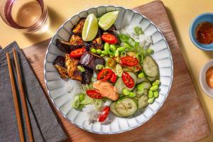 Bunte Bowl mit Edamame & glasierter Aubergine image
