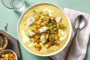 Kartoffel-Lauch-Suppe mit Kabeljau & Kresse image