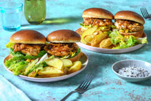Twee mini-kipburgers met teriyakisaus image