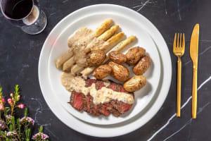 Biefstuk met gebakken witte asperges image