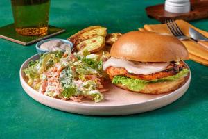 Buffalo Chicken Burger mit Rüebli-Slaw image