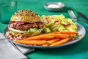 Hamburger met Aziatische twist en een spinaziebroodje image