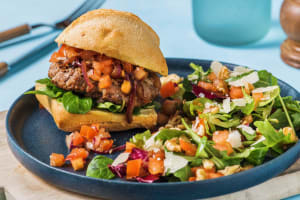 Broodje hamburger met Italiaanse twist image