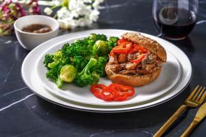 Burger de veau sauce aux anchois & poivron image
