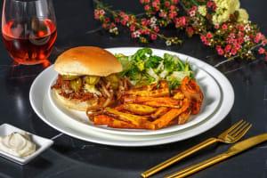Pulled pork-burger met barbecuekruiden en cheddar image