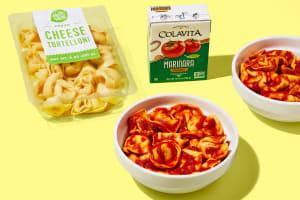 Cheese Tortelloni in Marinara Sauce image