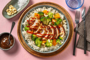 Chinese-Style Cashew Chicken image